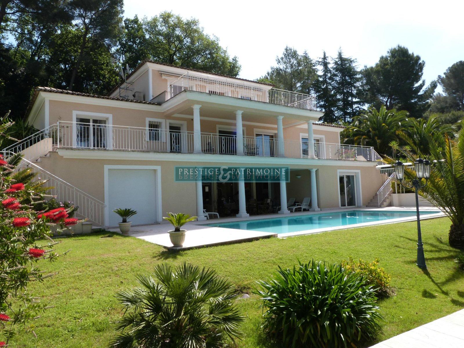 Location maisons et villas mougins cannes le cannet for Acheter maison mougins