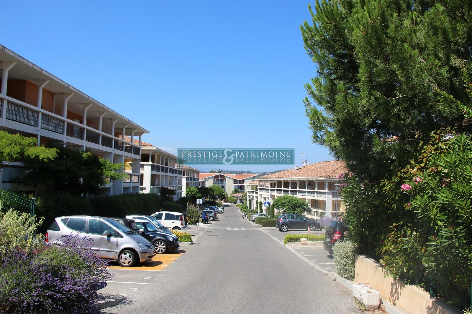 Offres de location Garages / Parkings Cannes (06400)